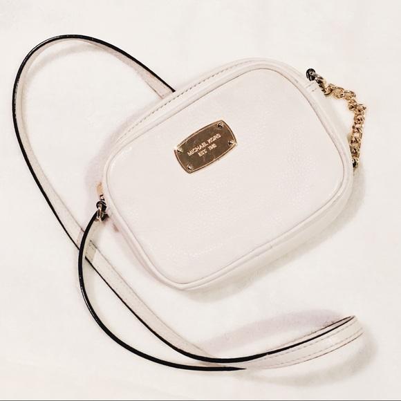 7236994ad079b3 Michael Kors Bags | Small Crossbody White Purse | Poshmark